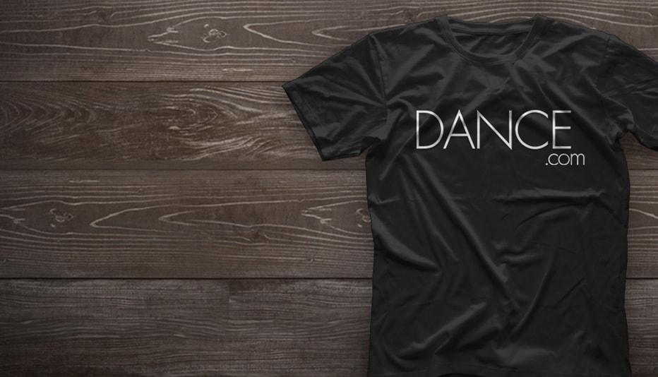 DANCE.COM Slide02